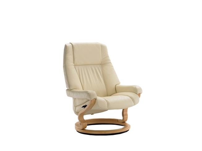 Swell Himolla Carron Extra Large Recliner Chair Buy At Stokers Ibusinesslaw Wood Chair Design Ideas Ibusinesslaworg