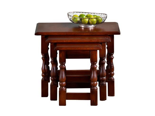 Buy Oak Nest Of Tables Stokers Fine Furniture Southport  : W653Oak201494 Nest Of TablesHR from stokers.co.uk size 653 x 489 jpeg 25kB